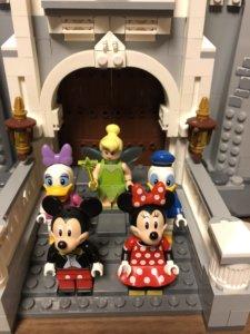 LEGOディズニーシンデレラ城の五人のミニフィグ